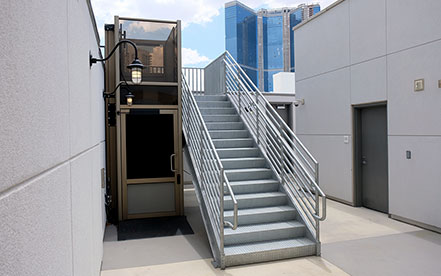 Genesis enclose vertical platform lift